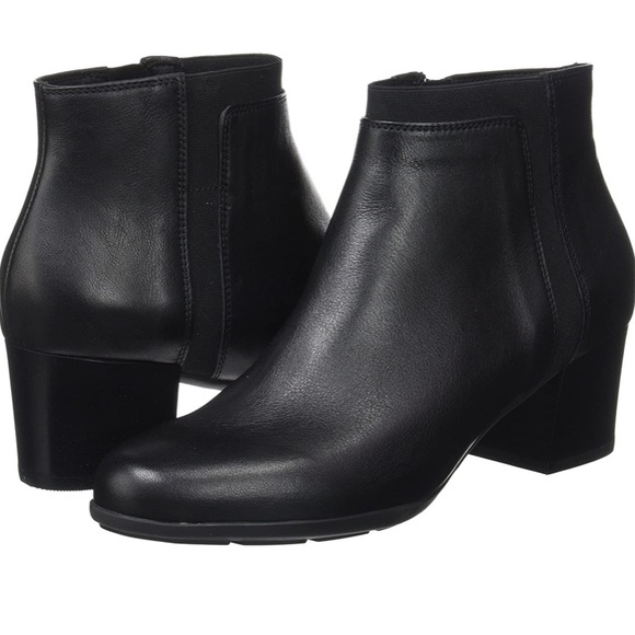 GEOX leather ankle boots